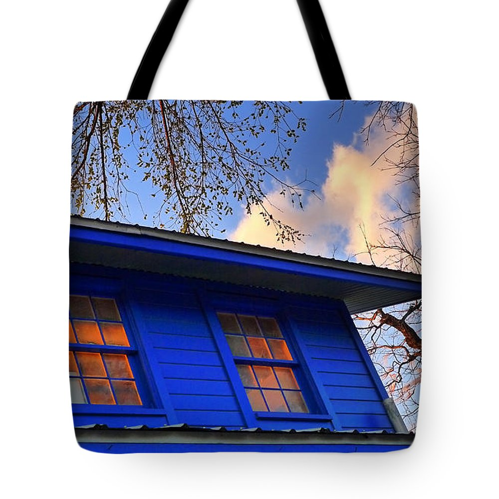 Hope Tote Bag featuring the photograph Hope by Skip Hunt