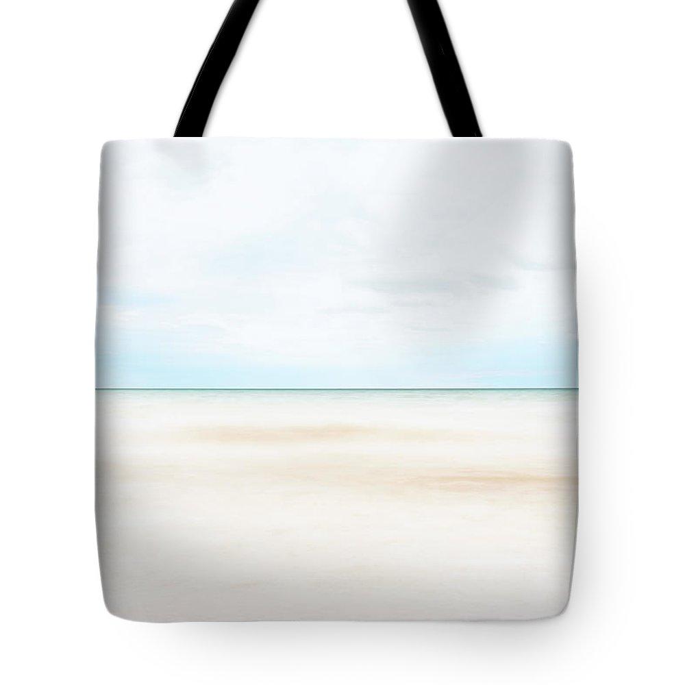 Horizon Tote Bag featuring the photograph Horizon #9 by Scott Norris