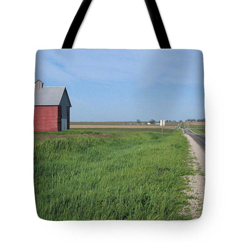 Landscape Tote Bag featuring the photograph Horizontal Red Crib Road by Dylan Punke