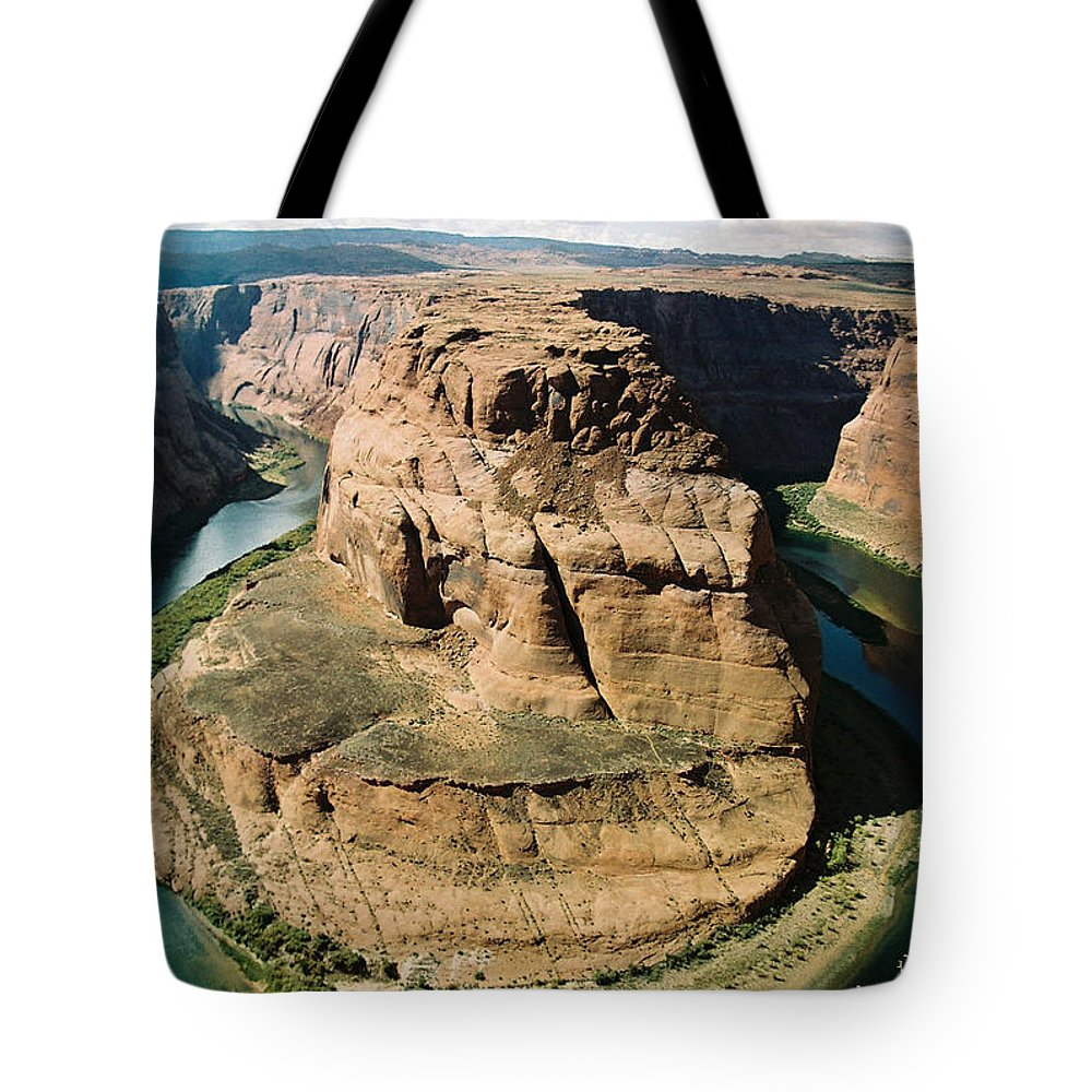Arizona Tote Bag featuring the photograph Horseshoe Bend by Cathy Franklin