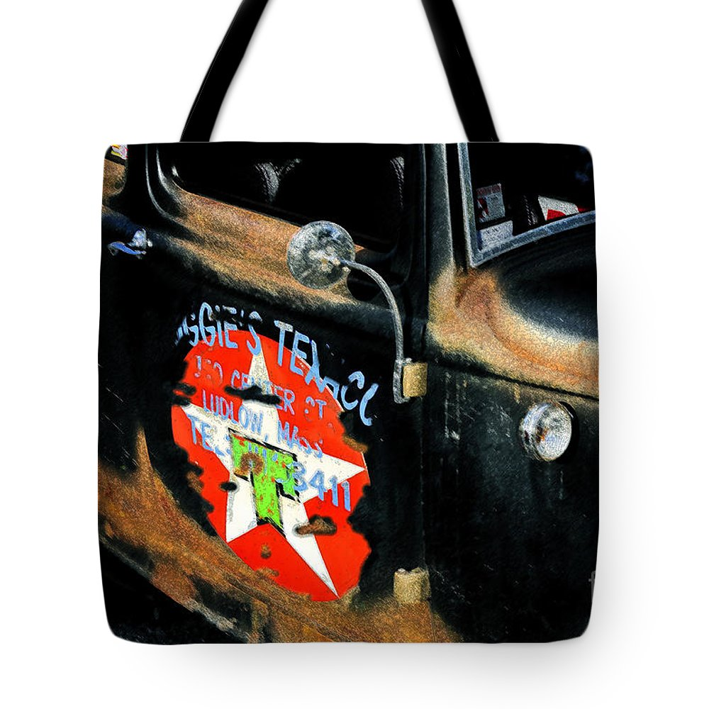 Hot Rod Tote Bag featuring the painting Hot Rod by David Lee Thompson