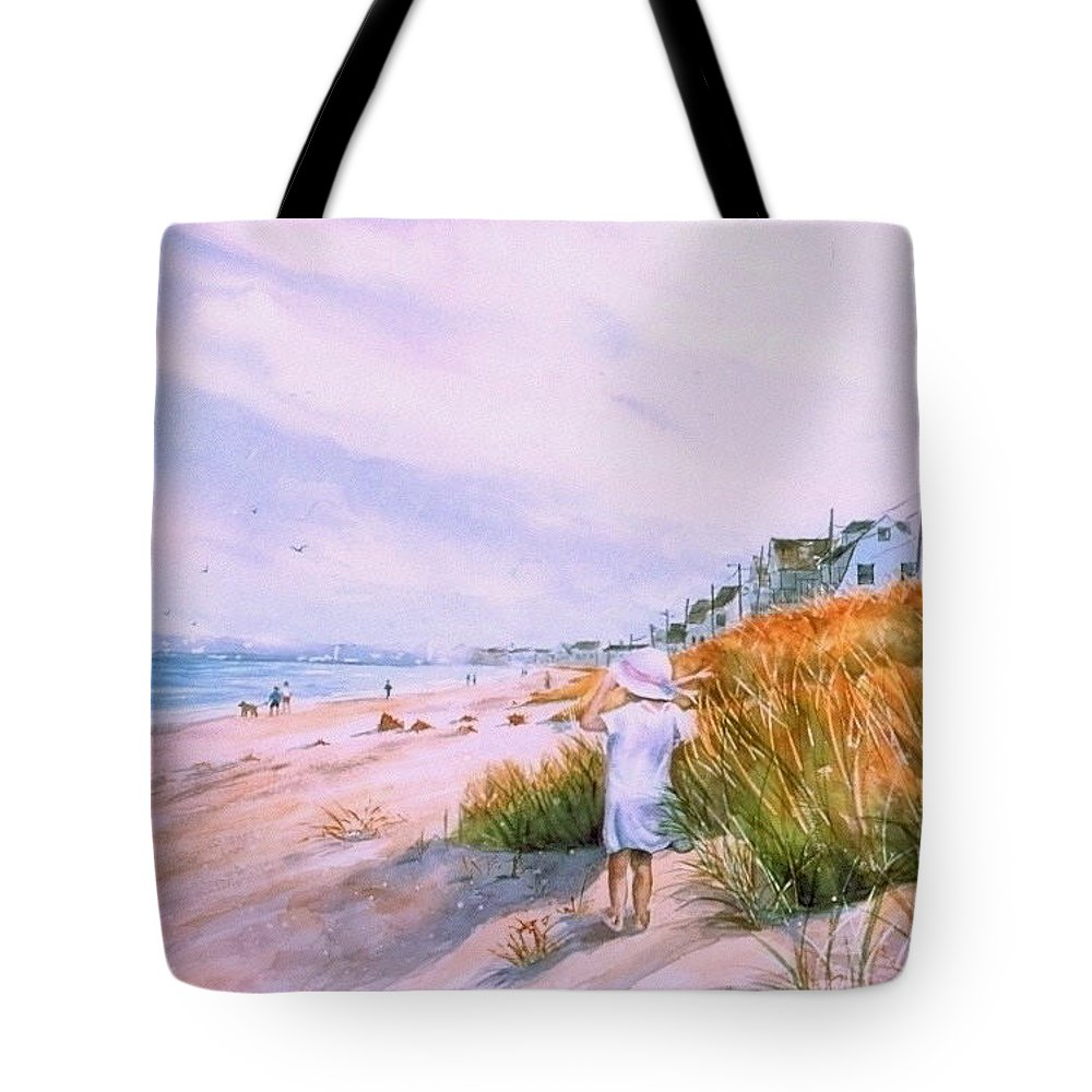 Seascape Tote Bag featuring the painting Hull's Splendor by Laura Lee Zanghetti