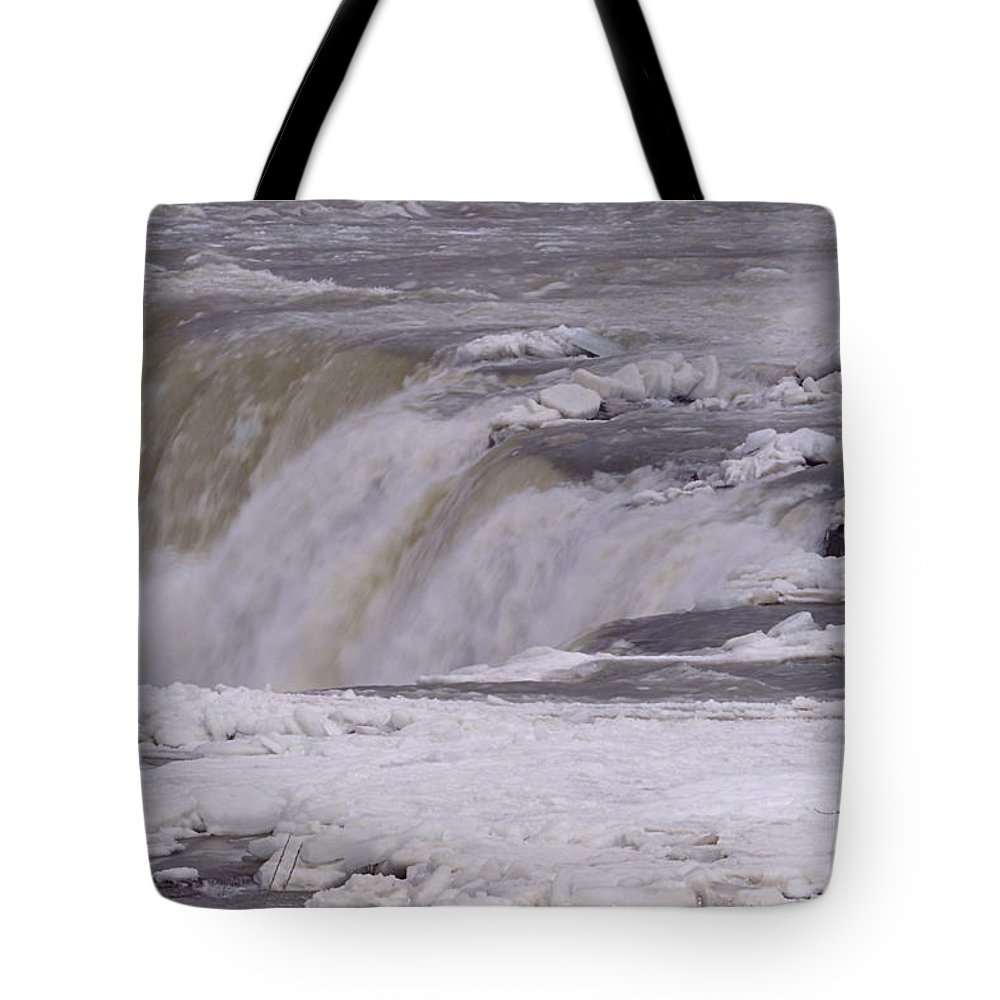 Niagara Falls Tote Bag featuring the photograph Ice Over The Falls by Sheila Lee