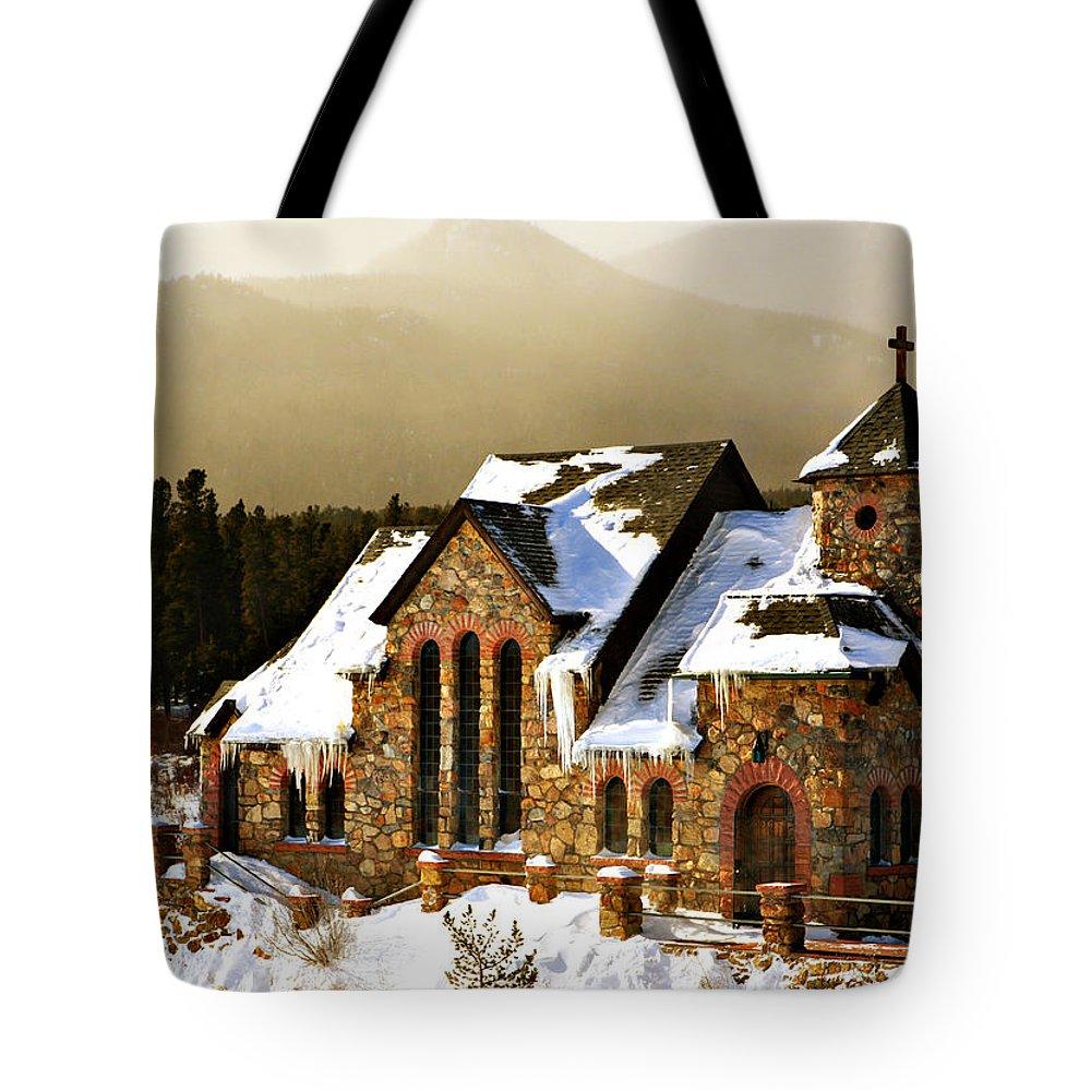 Americana Tote Bag featuring the photograph Icicles by Marilyn Hunt