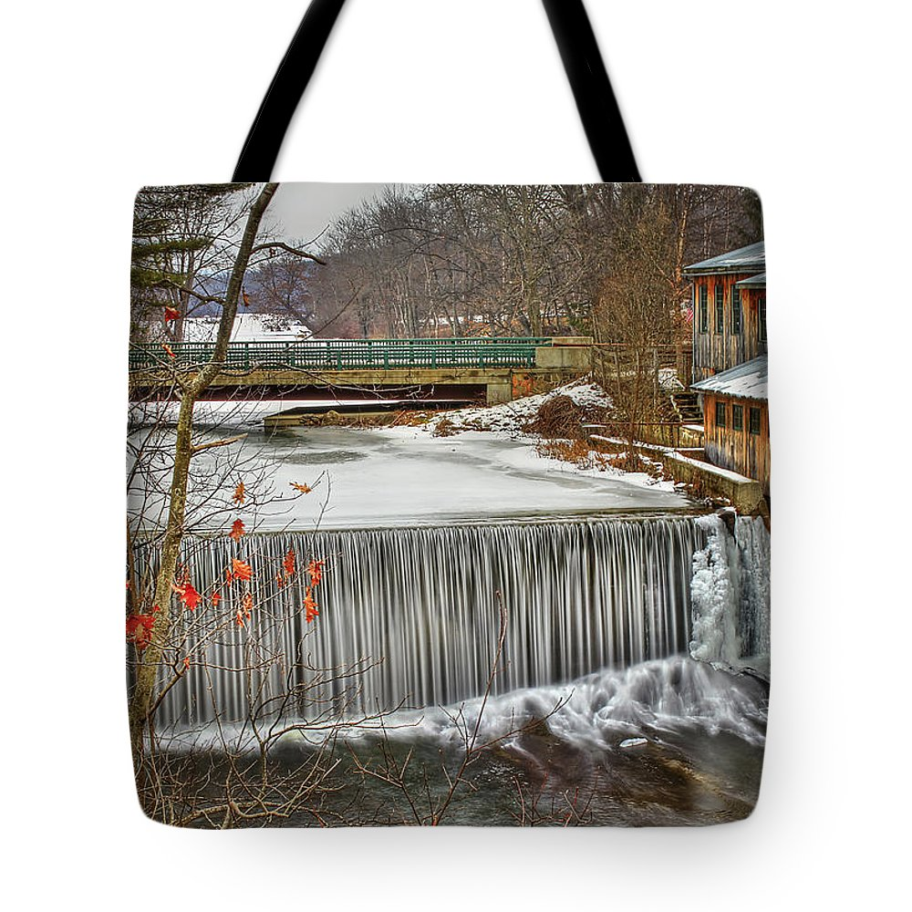 Blur Tote Bag featuring the photograph Icy Conditions by Evelina Kremsdorf