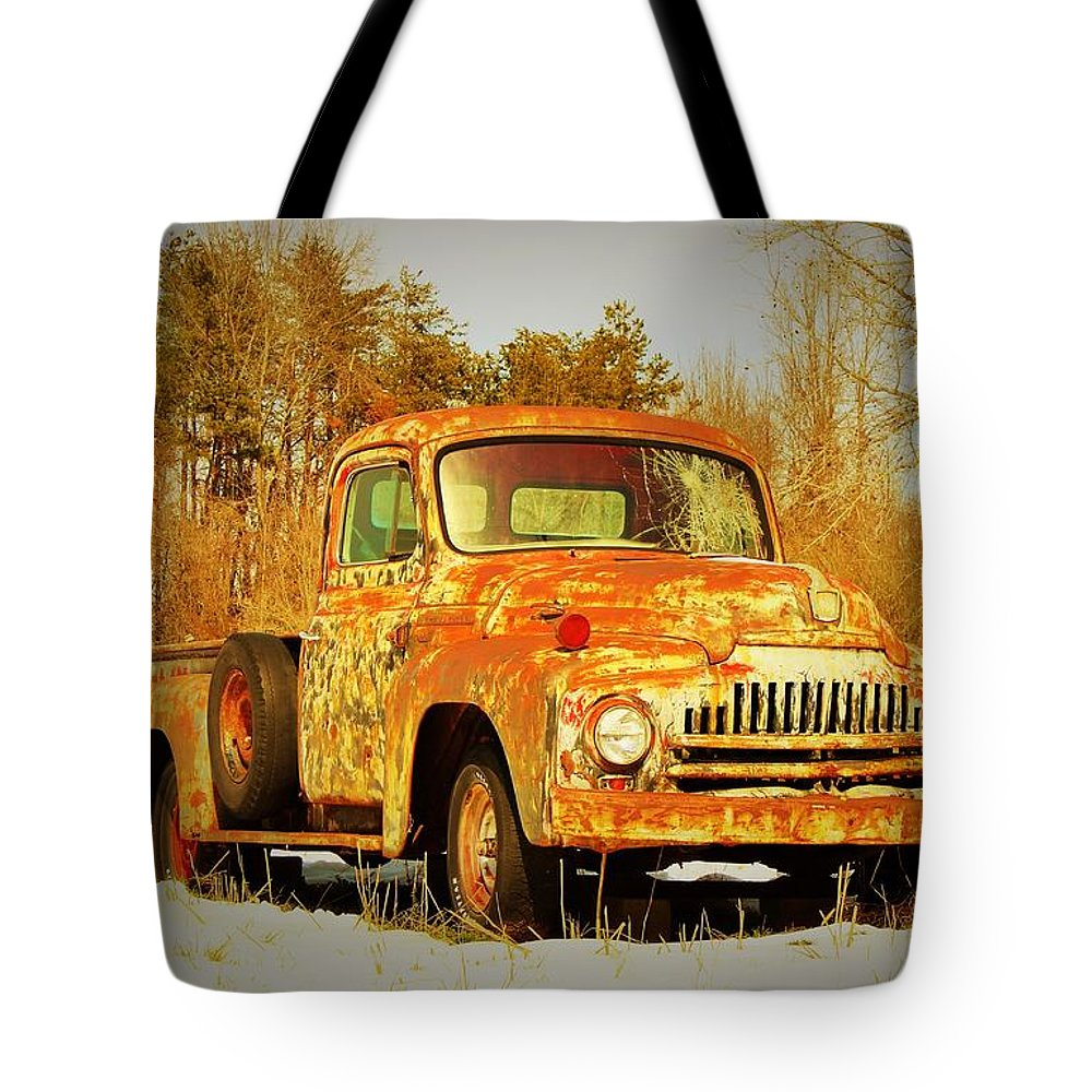 Old Truck Tote Bag featuring the photograph I'm Just Gonna Stay Right Here by Sandra Bennett