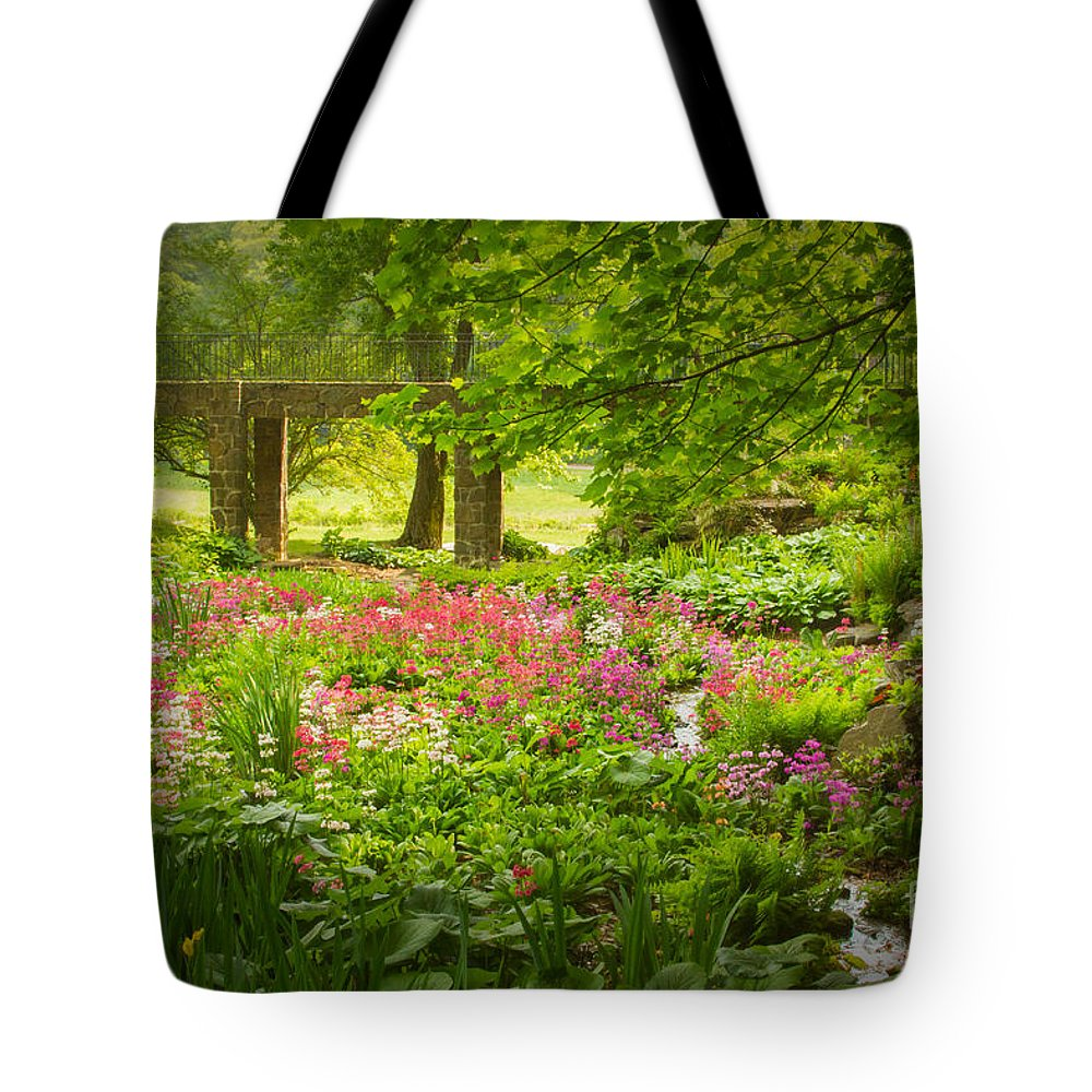 Tote Bag featuring the photograph In Heaven's Dell by Marilyn Cornwell