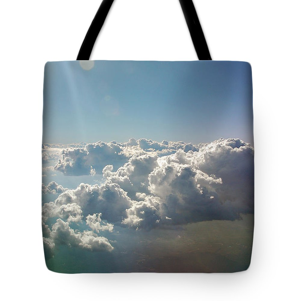Cloud Tote Bag featuring the photograph In The Heavenlies by Suzanne Gaff