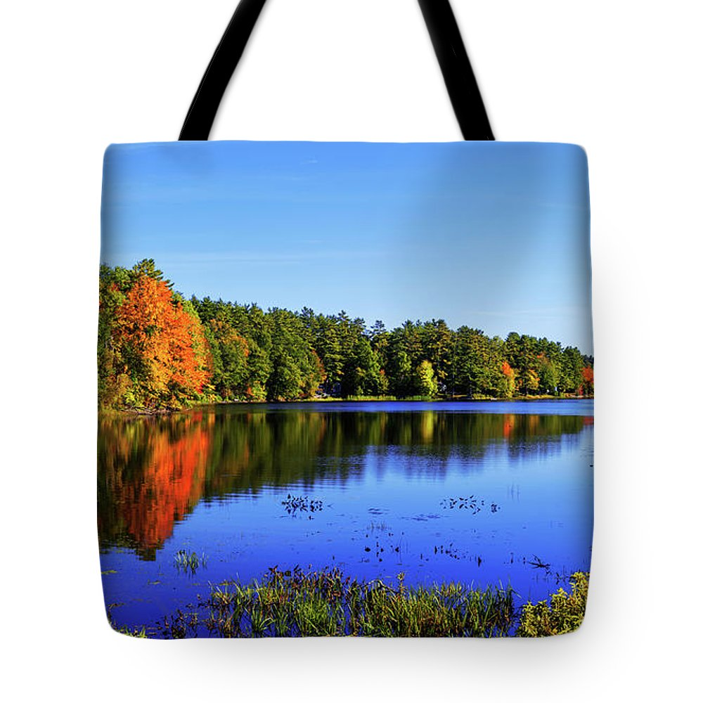 New England Tote Bag featuring the photograph Incredible by Chad Dutson