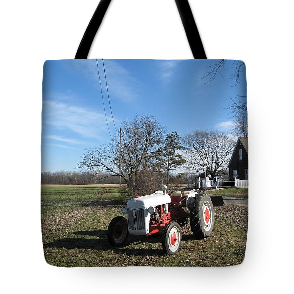 Vintage Ford Tractor Tote Bag featuring the photograph Indiana Hwy 63 South Vintage Ford Tractor Color Version by R John Ferguson
