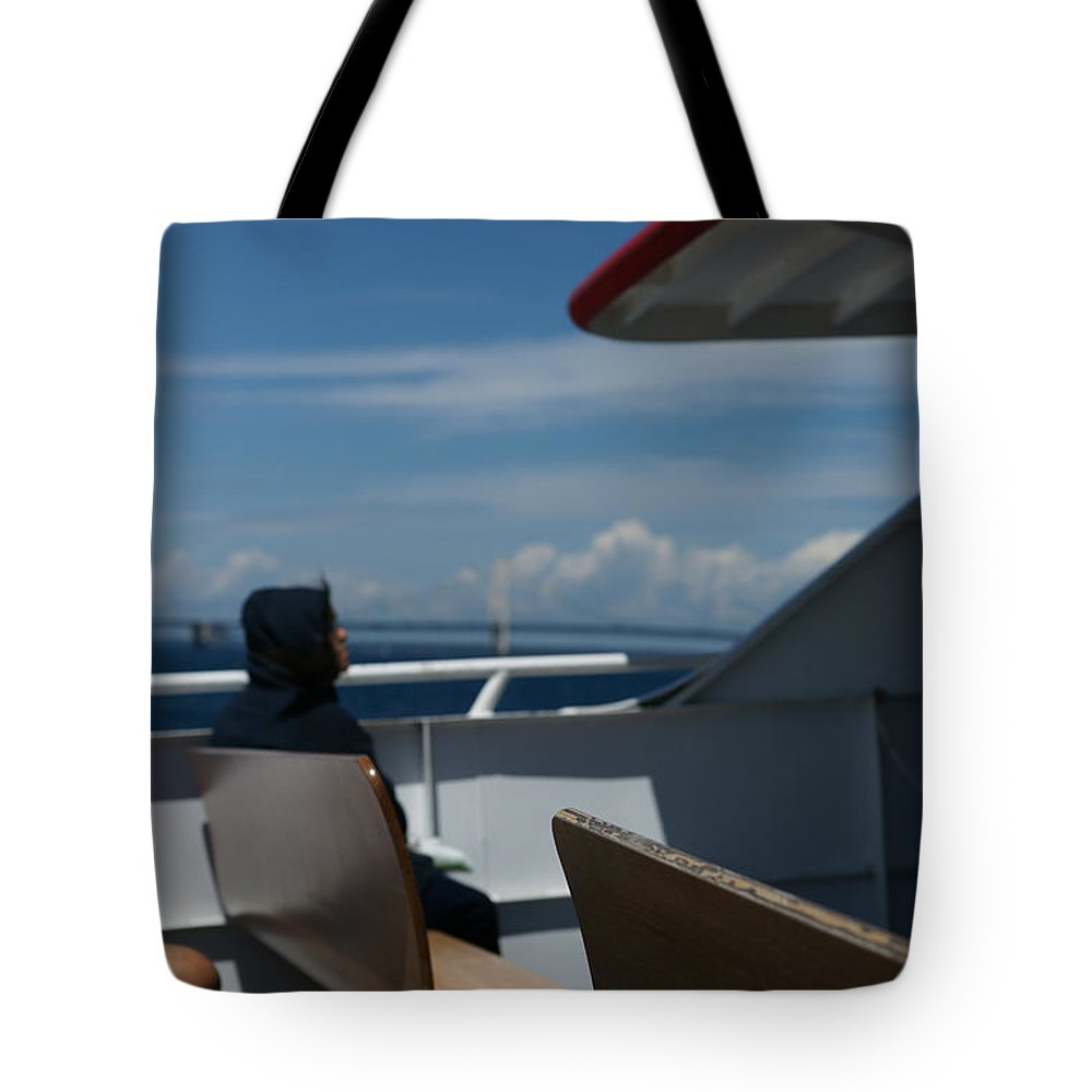 Boat Tote Bag featuring the photograph Island Commute by Linda Shafer