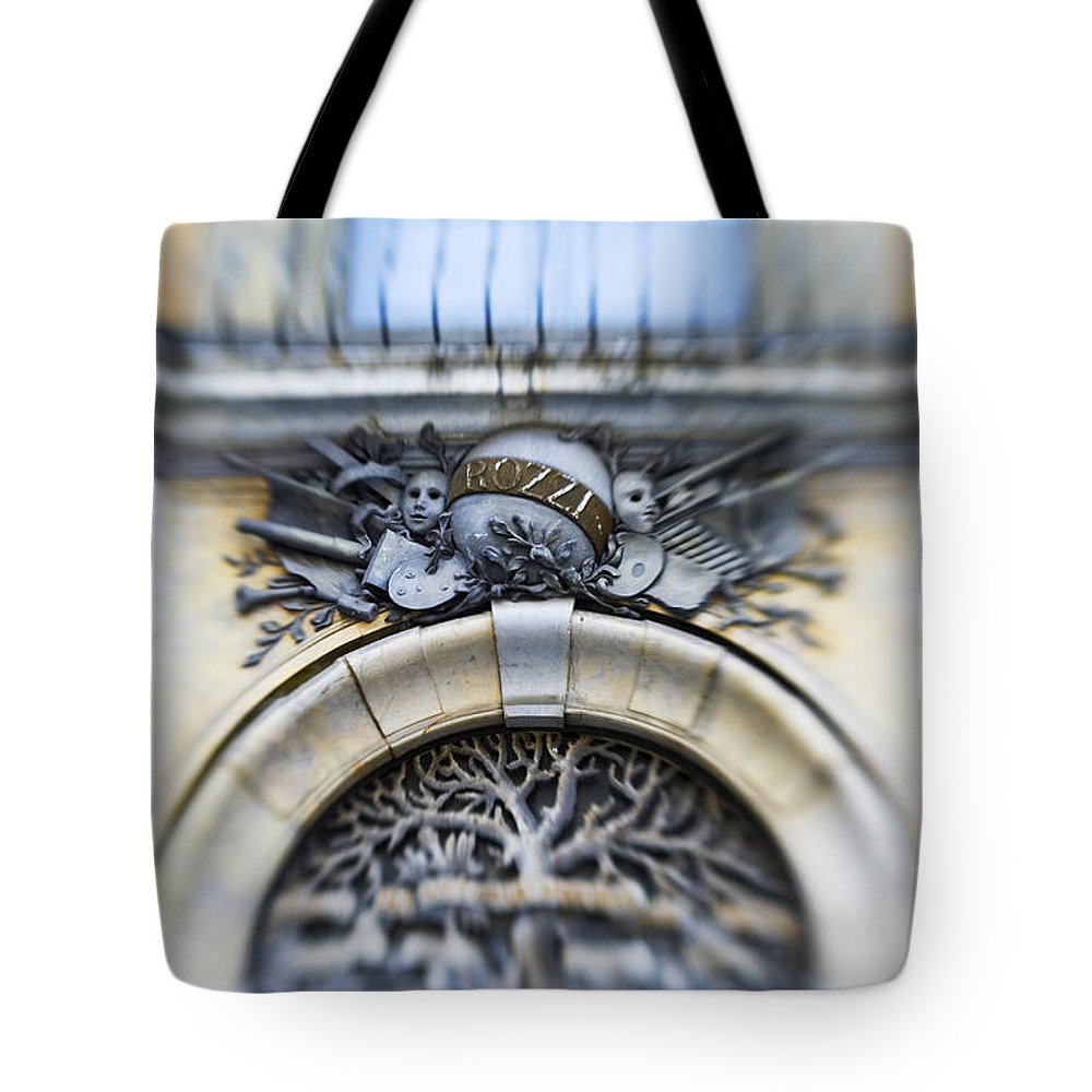 Italian Tote Bag featuring the photograph Italian Cherubs by Marilyn Hunt