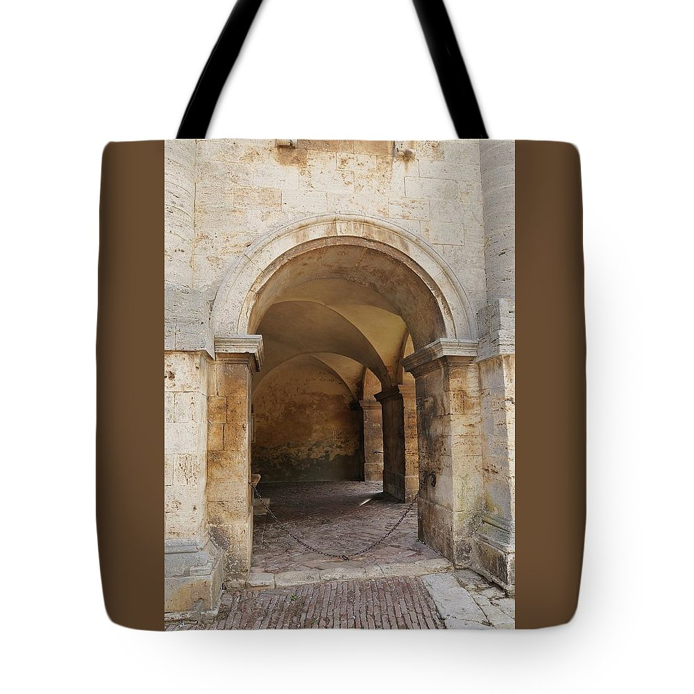 Europe Tote Bag featuring the photograph Italy - Door Sixteen by Jim Benest