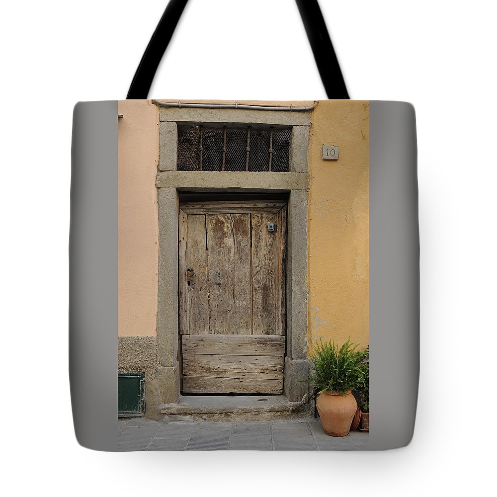 Europe Tote Bag featuring the photograph Italy - Door Twenty Three by Jim Benest