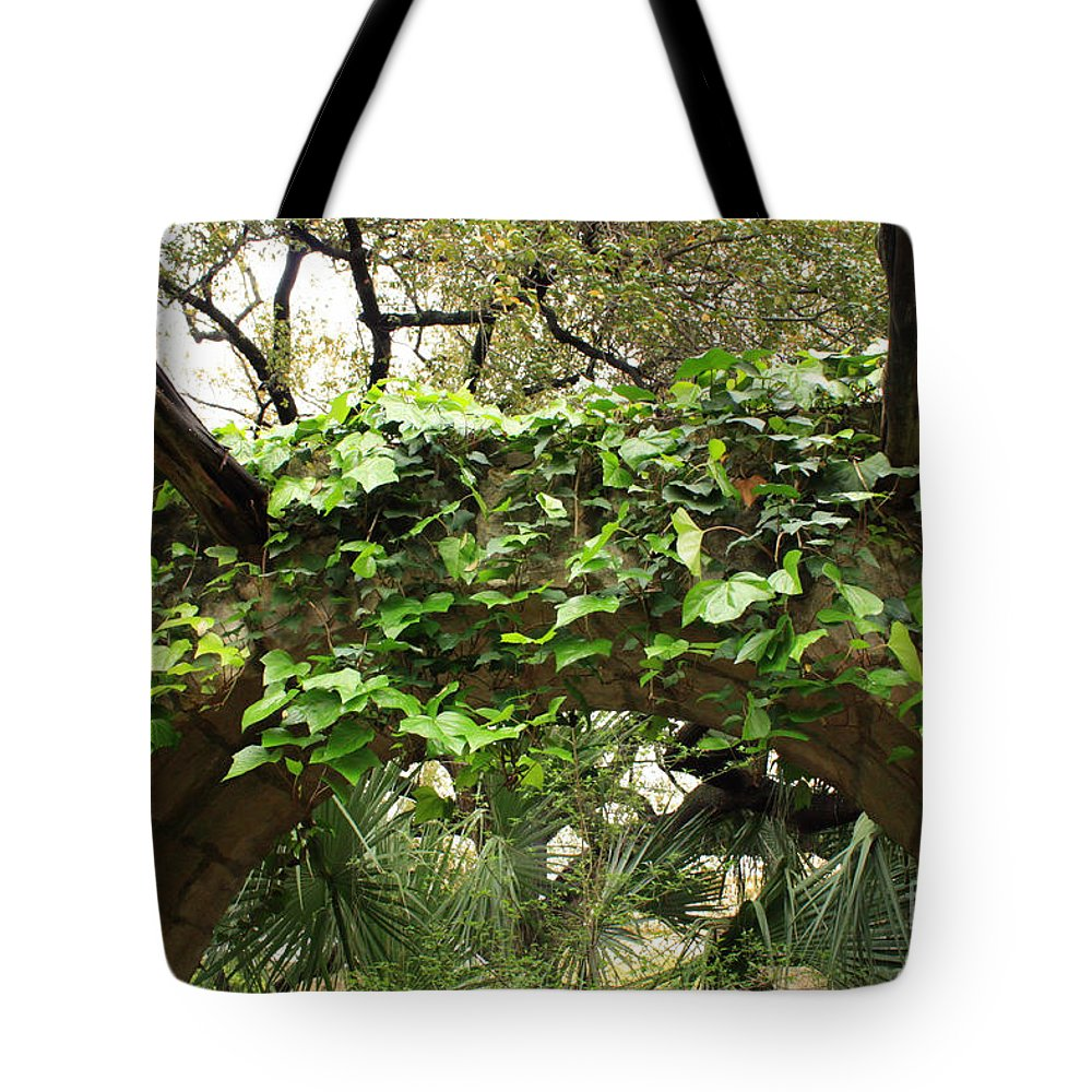 Ivy-covered Tote Bag featuring the photograph Ivy-covered Arch At The Alamo by Carol Groenen