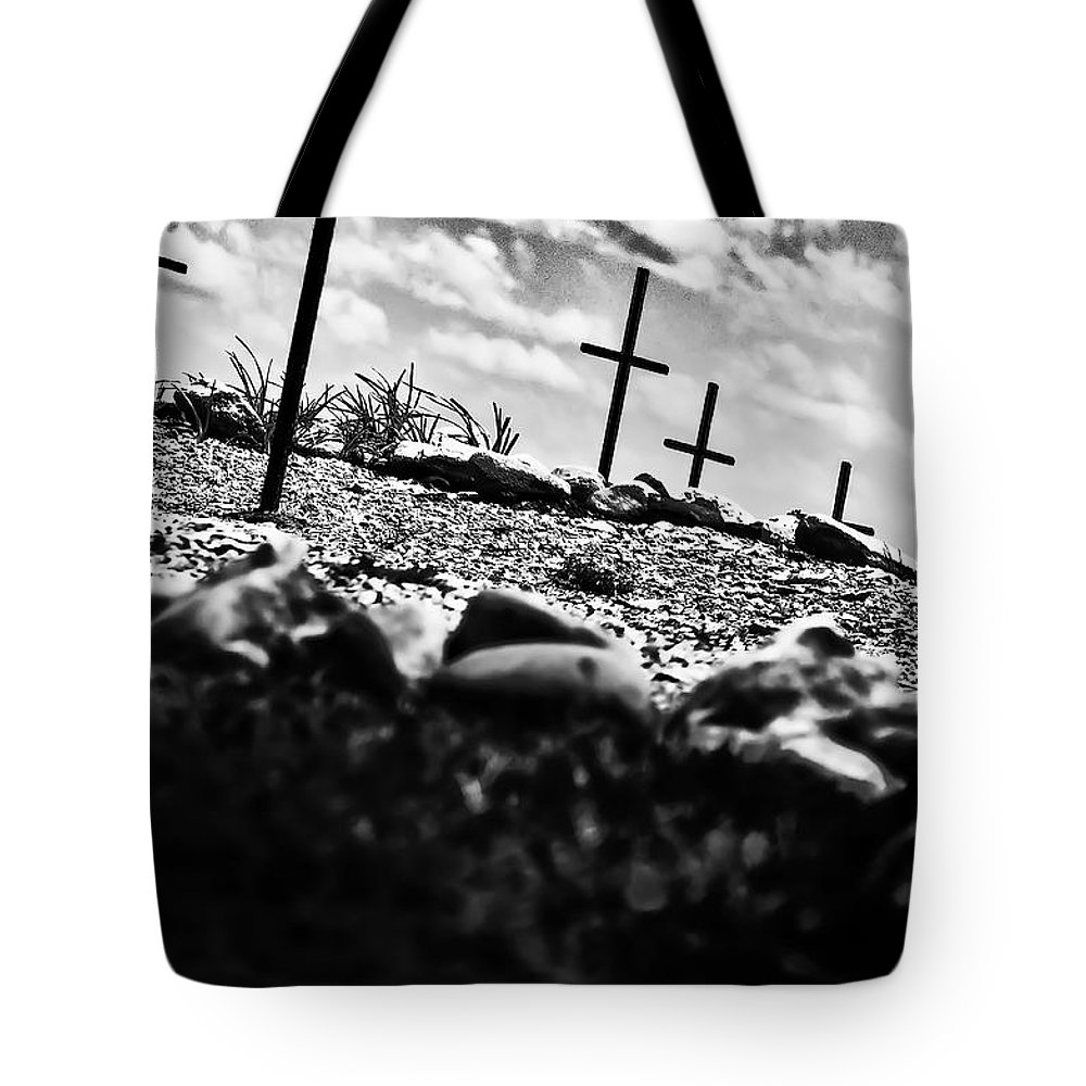 Jamestown Tote Bag featuring the photograph Jamestown Cemetery by Bill Cannon