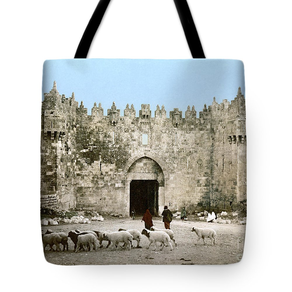 1900 Tote Bag featuring the photograph Jerusalem: Damascus Gate by Granger