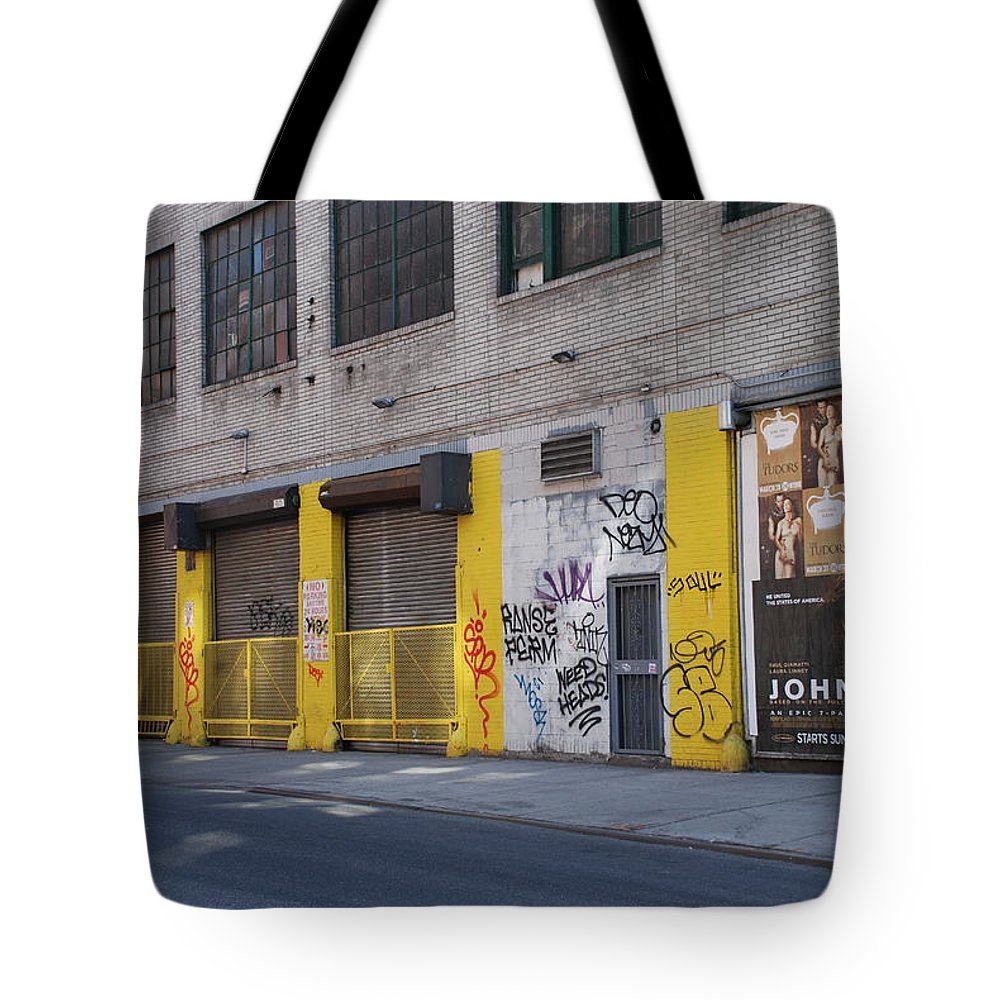 Architecture Tote Bag featuring the photograph John Adams by Rob Hans