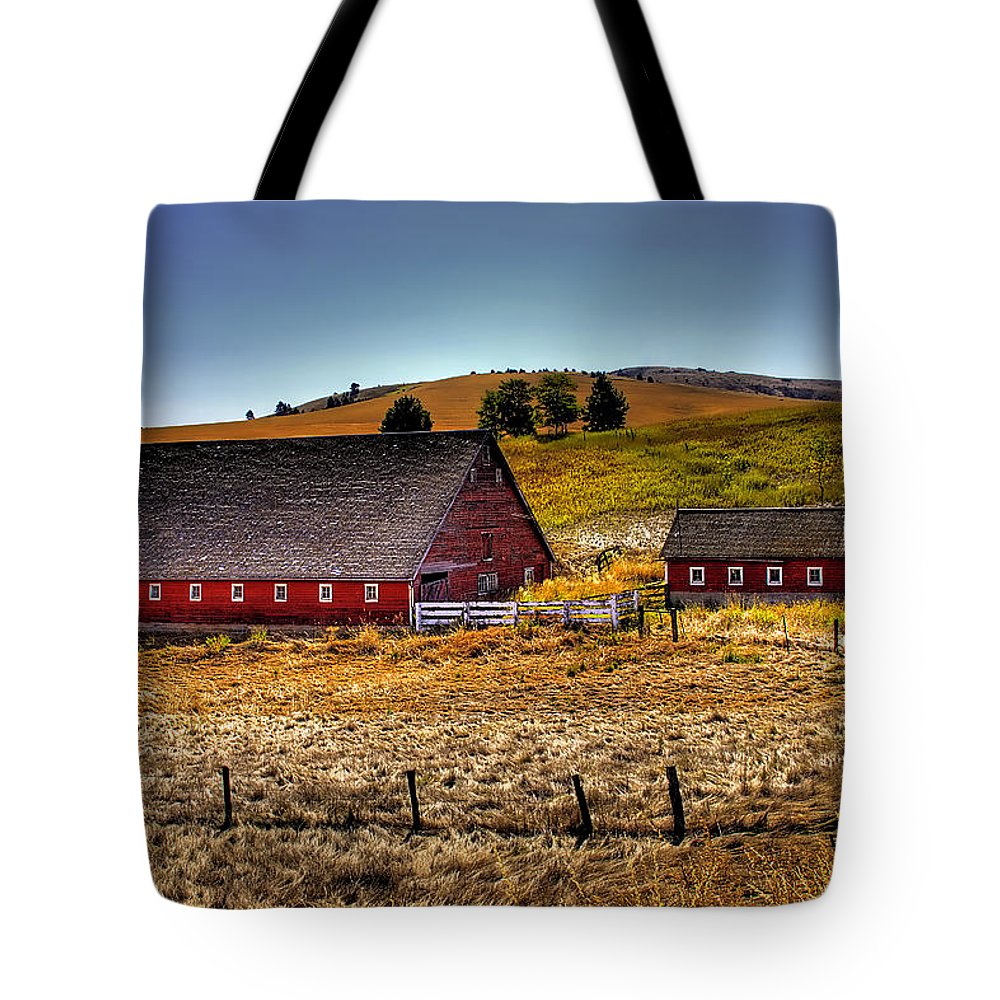 Landscape Tote Bag featuring the photograph Johnson Road Barns by David Patterson