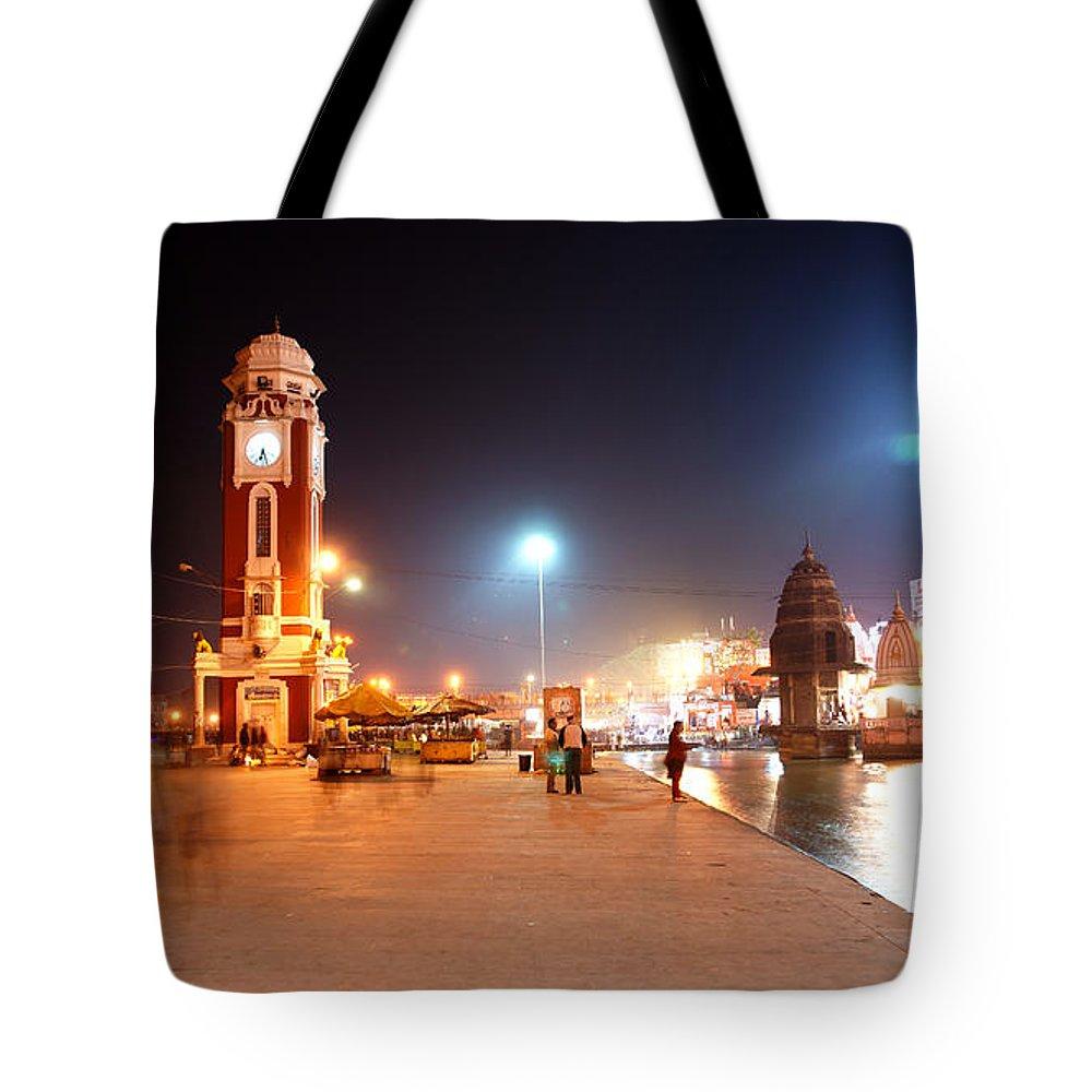 India Tote Bag featuring the photograph Jp025 The Clock Tower On The Malviya Dwipa At Har-ki-pauri by Jaime Pomares