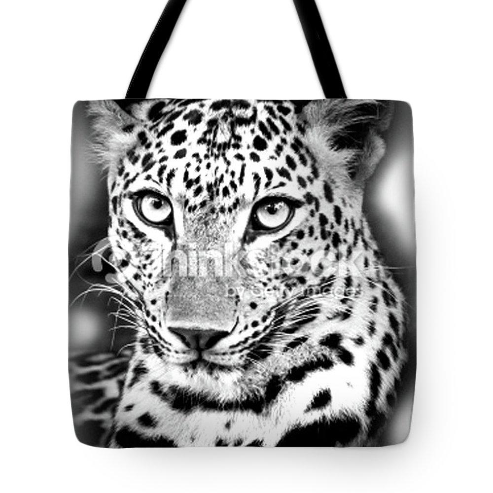Juaguar Black Shadows Tote Bag featuring the digital art Juagar by Rodrigo Butcher