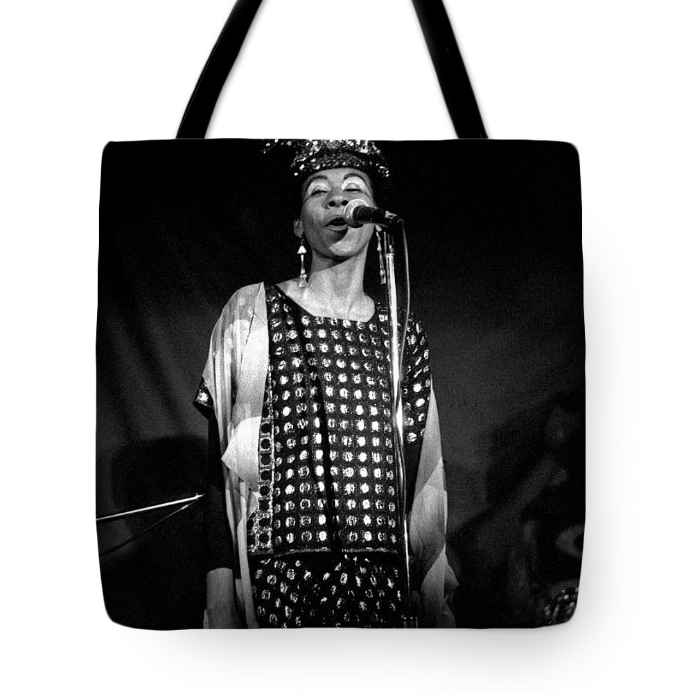 June Tyson Tote Bag featuring the photograph June Tyson by Lee Santa