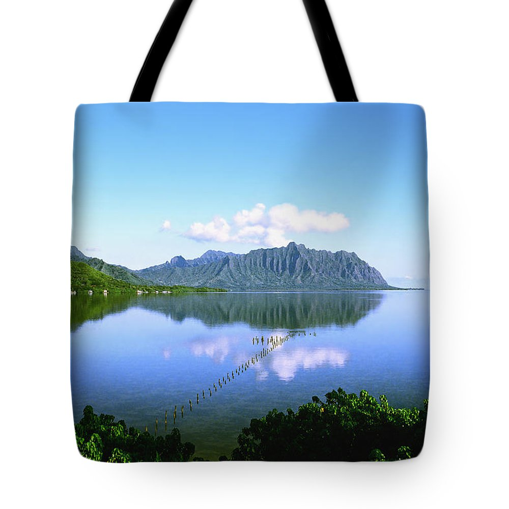 Kaneohe Bay Tote Bag featuring the photograph Kaneohe Bay by Kevin Smith
