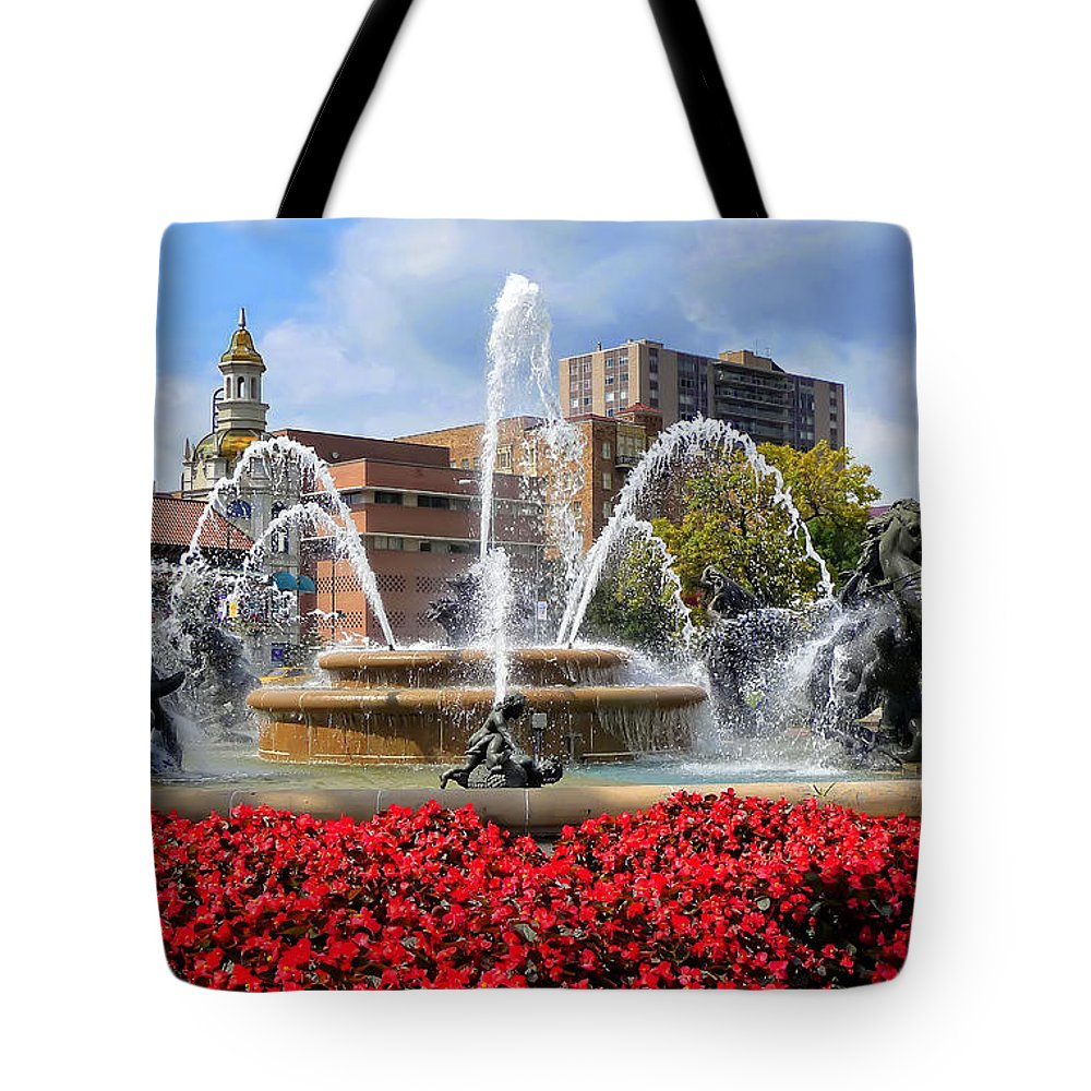 Kansas City Tote Bag featuring the photograph Kansas City Fountain Ablaze In Crimson by Mitchell R Grosky