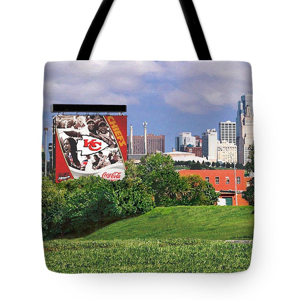 Landscape Tote Bag featuring the photograph Kansas City Sky Line by Steve Karol