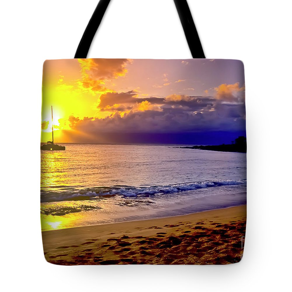 Scenics Tote Bag featuring the photograph Kapalua Bay Sunset by Jim Cazel
