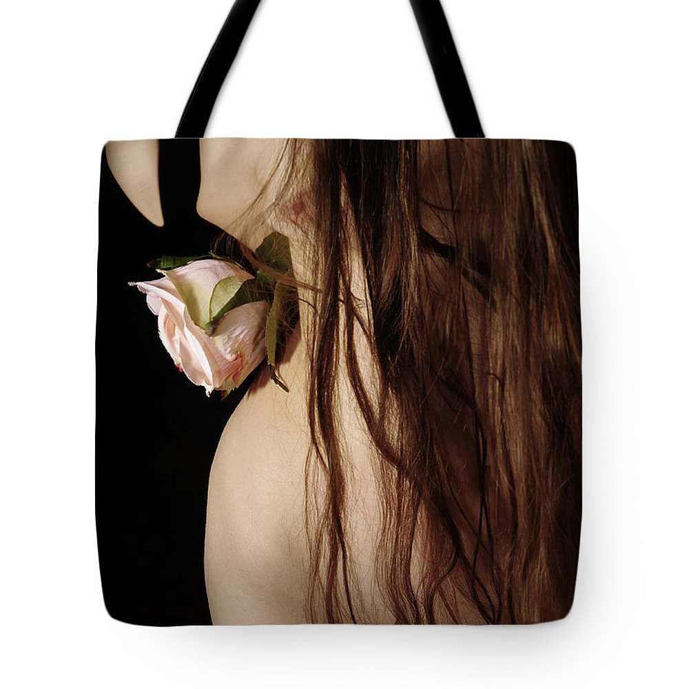 Female Nude Abstract Mirrors Flowers Tote Bag featuring the photograph Kazi0802 by Henry Butz