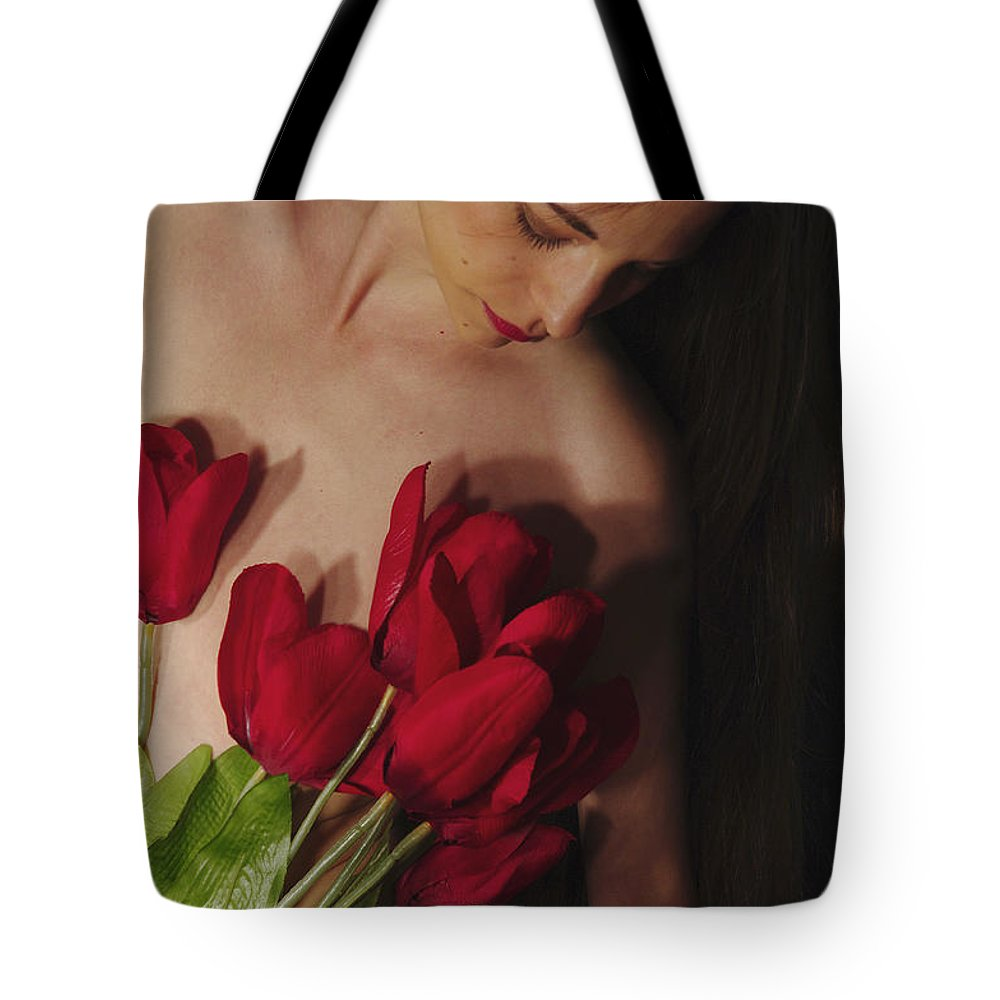 Female Nude Abstract Mirrors Flowers Photographs Tote Bag featuring the photograph Kazi1129 by Henry Butz