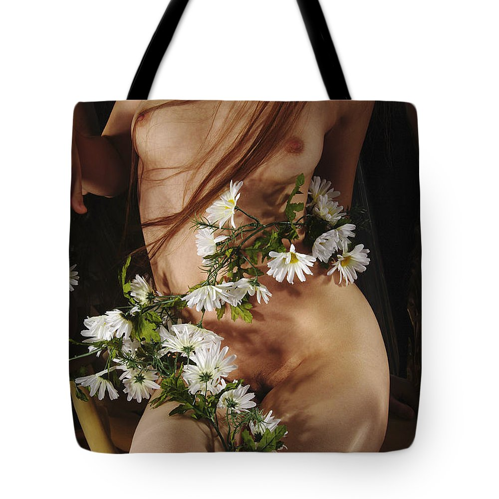 Female Nude Abstract Mirrors Flowers Photographs Tote Bag featuring the photograph Kazi1138 by Henry Butz
