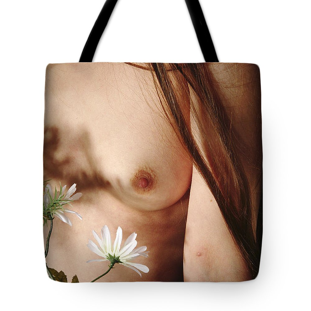 Female Nude Abstract Mirrors Flowers Tote Bag featuring the photograph Kazi1140 by Henry Butz