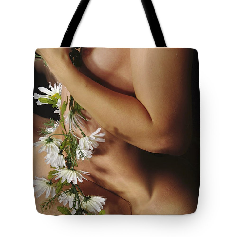 Female Nude Abstract Mirrors Flowers Photographs Tote Bag featuring the photograph Kazi1142 by Henry Butz