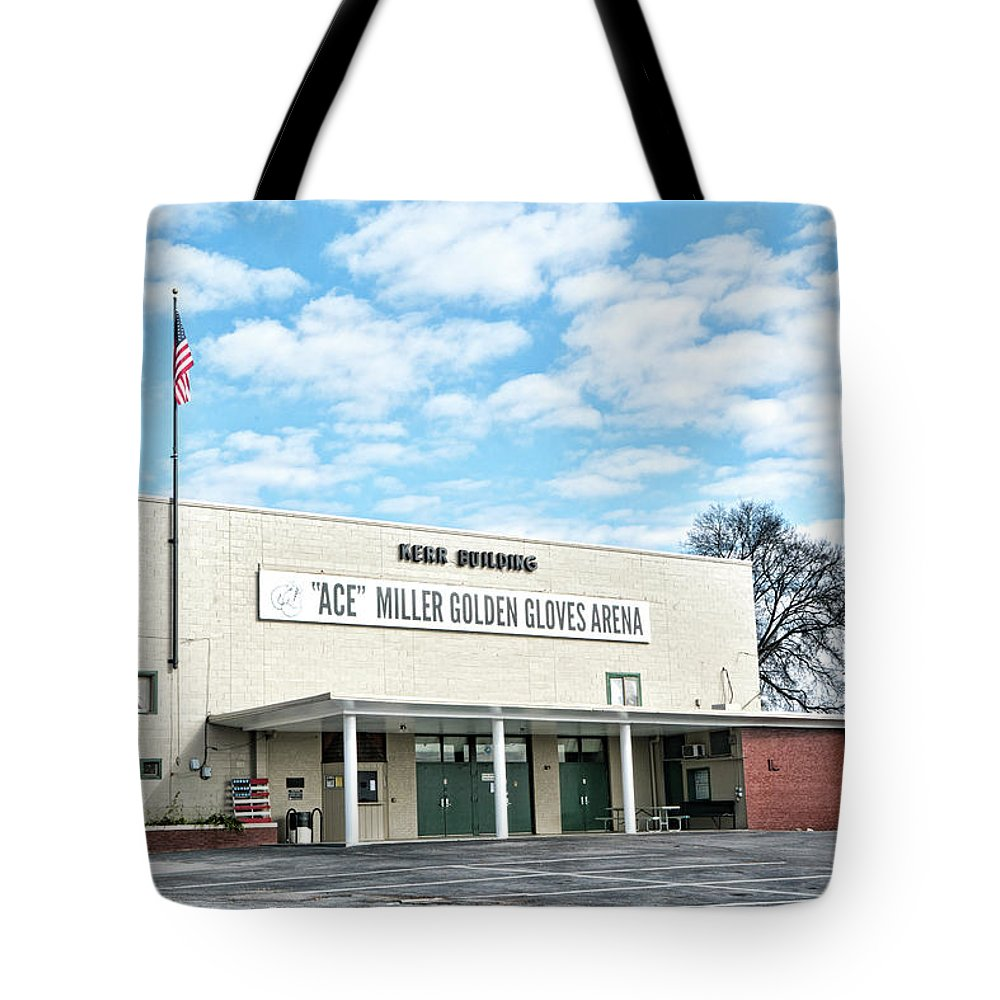 Knoxville Tote Bag featuring the photograph Kerr Building by Sharon Popek