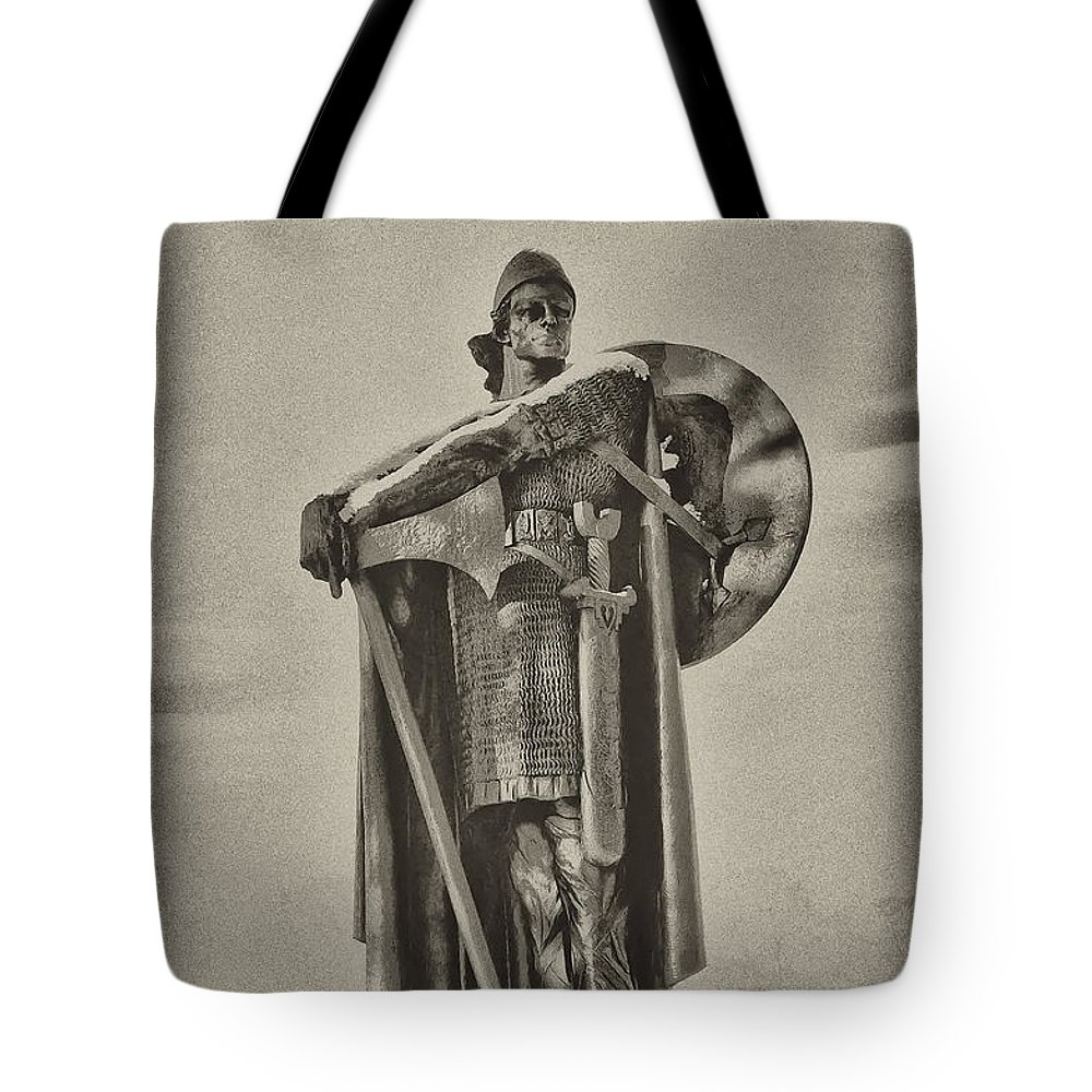 Philadelphia Tote Bag featuring the photograph Knight by Bill Cannon