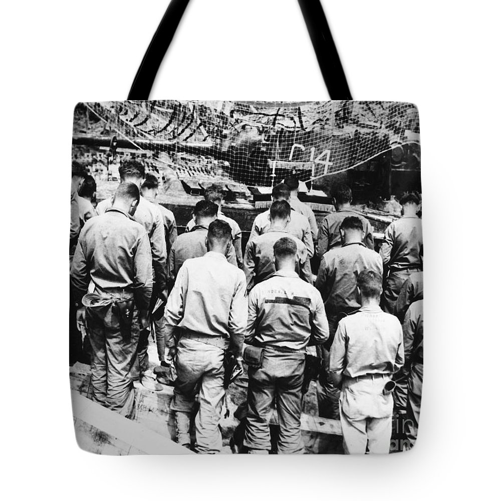 1952 Tote Bag featuring the photograph Korean War: Church Service by Granger