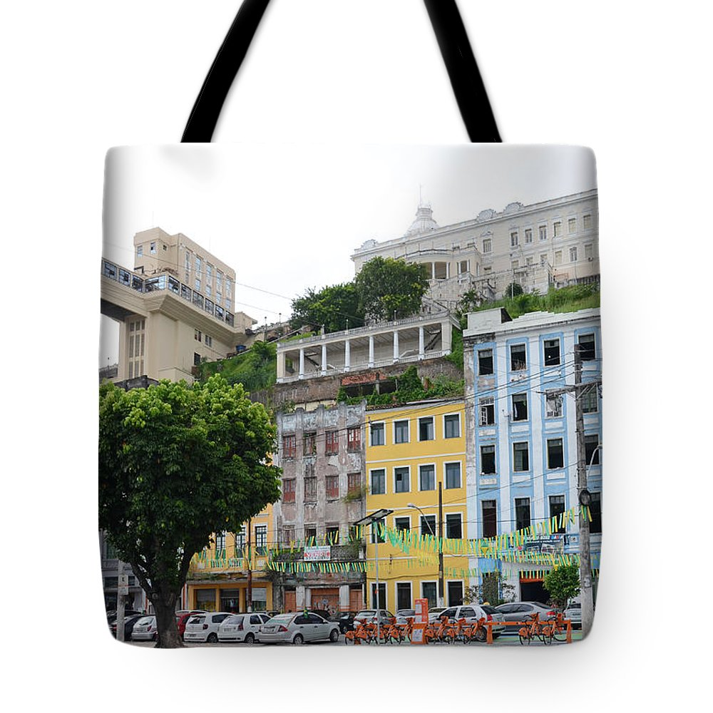 Lacerda Tote Bag featuring the photograph Lacerda Elevator In Salvador by Ralf Broskvar