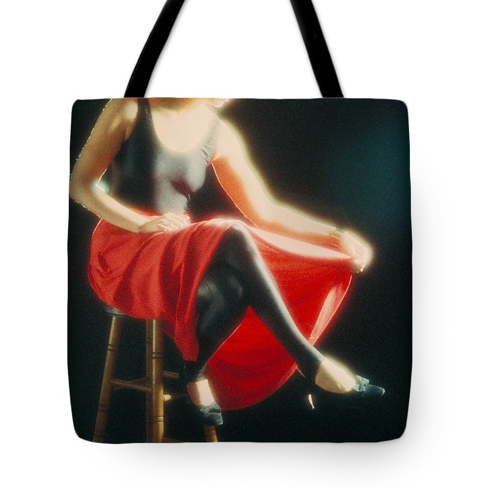 Lady Tote Bag featuring the photograph Lady In Red by Jerry McElroy