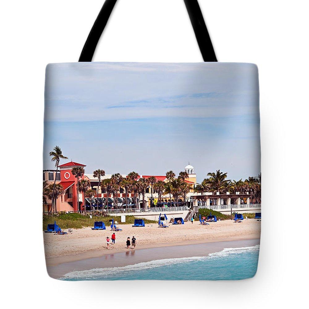 Lake Worth Beach Tote Bag featuring the photograph Lake Worth Beach by Maria Keady