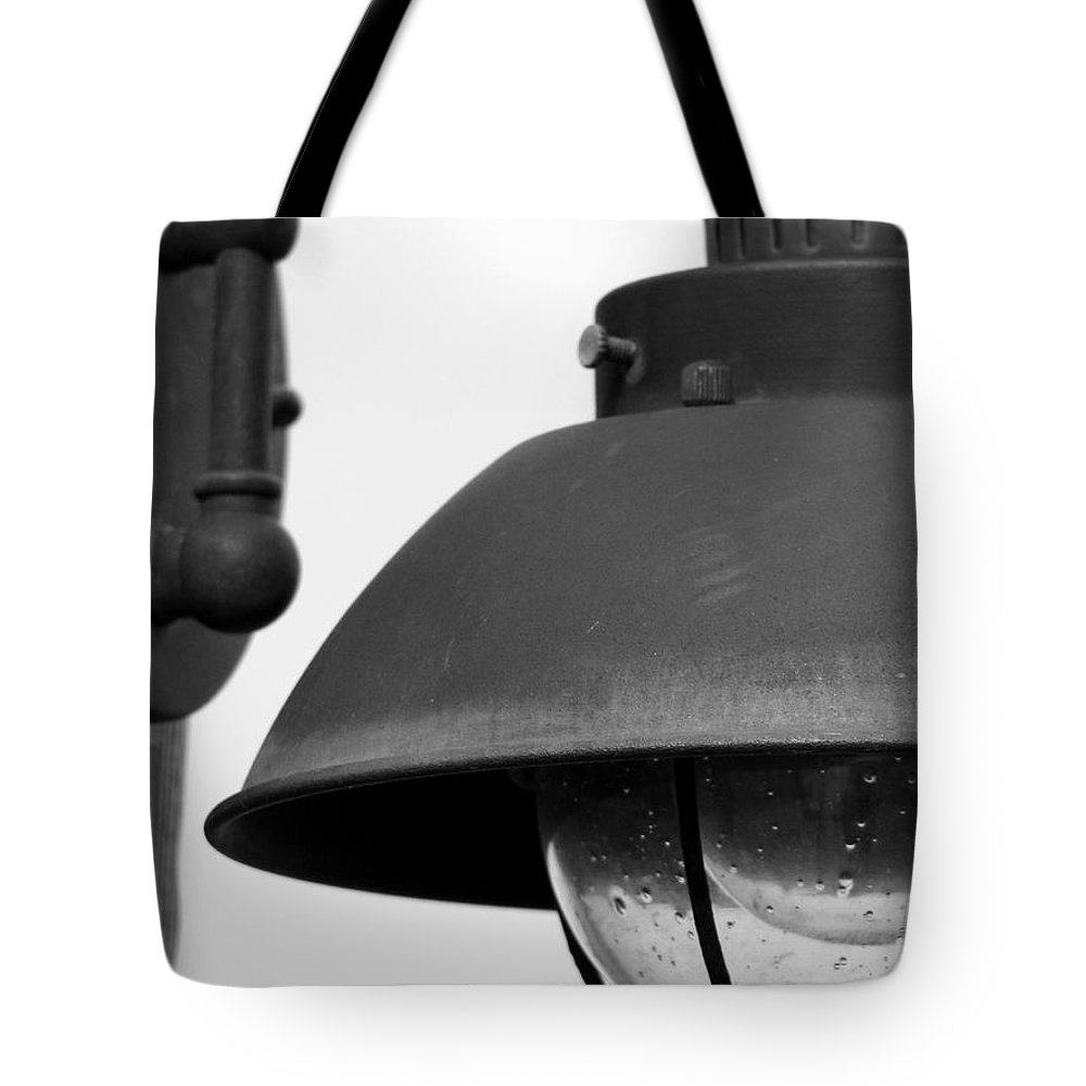 Lamppost Tote Bag featuring the photograph Lamp Post by Amanda Barcon