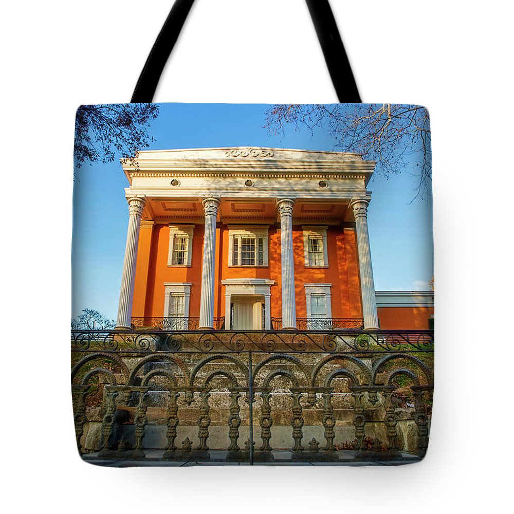 Madison Indiana Tote Bag featuring the photograph Lanier Mansion by David Arment