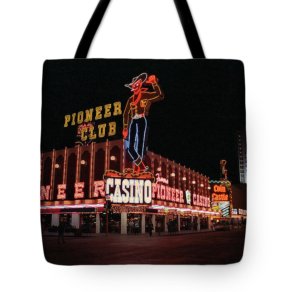 America Tote Bag featuring the photograph Las Vegas 1983 #1 by Frank Romeo