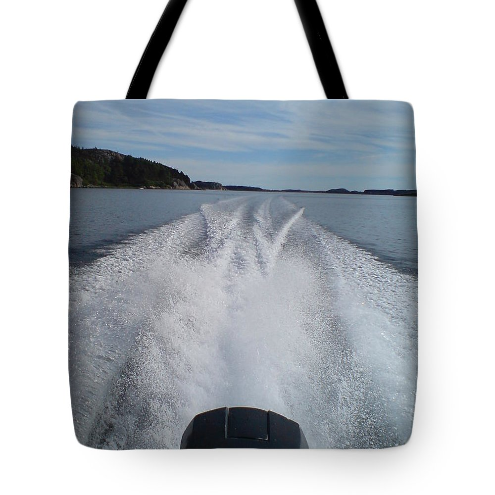 Sea Tote Bag featuring the photograph Launched by Are Lund