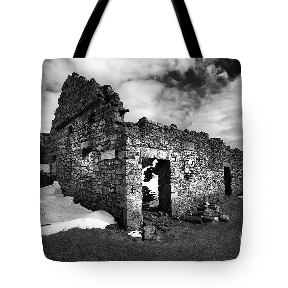 Surrender Lead Mines Tote Bag featuring the photograph Lead Mines by Smart Aviation