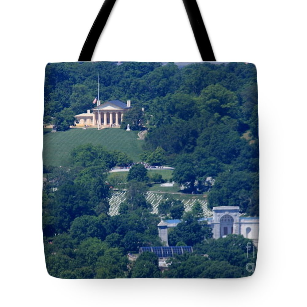 Lee Mansion Tote Bag featuring the photograph Lee Mansion by William Rogers