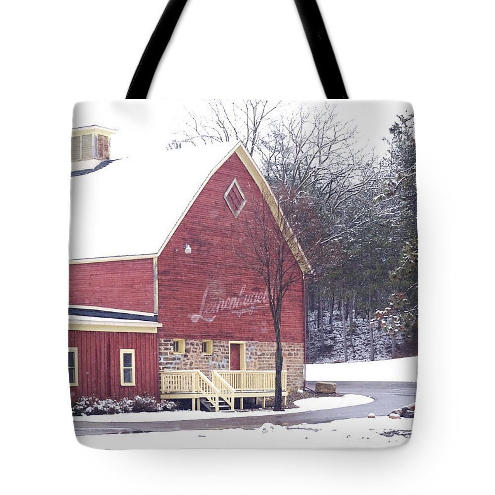 Barn Tote Bag featuring the photograph Leinie by Tim Nyberg