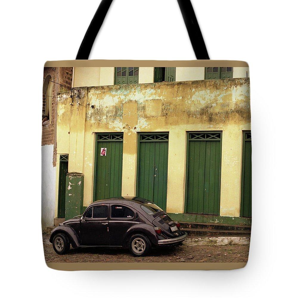 Bahia Tote Bag featuring the photograph Lencois - Bug by Patrick Klauss