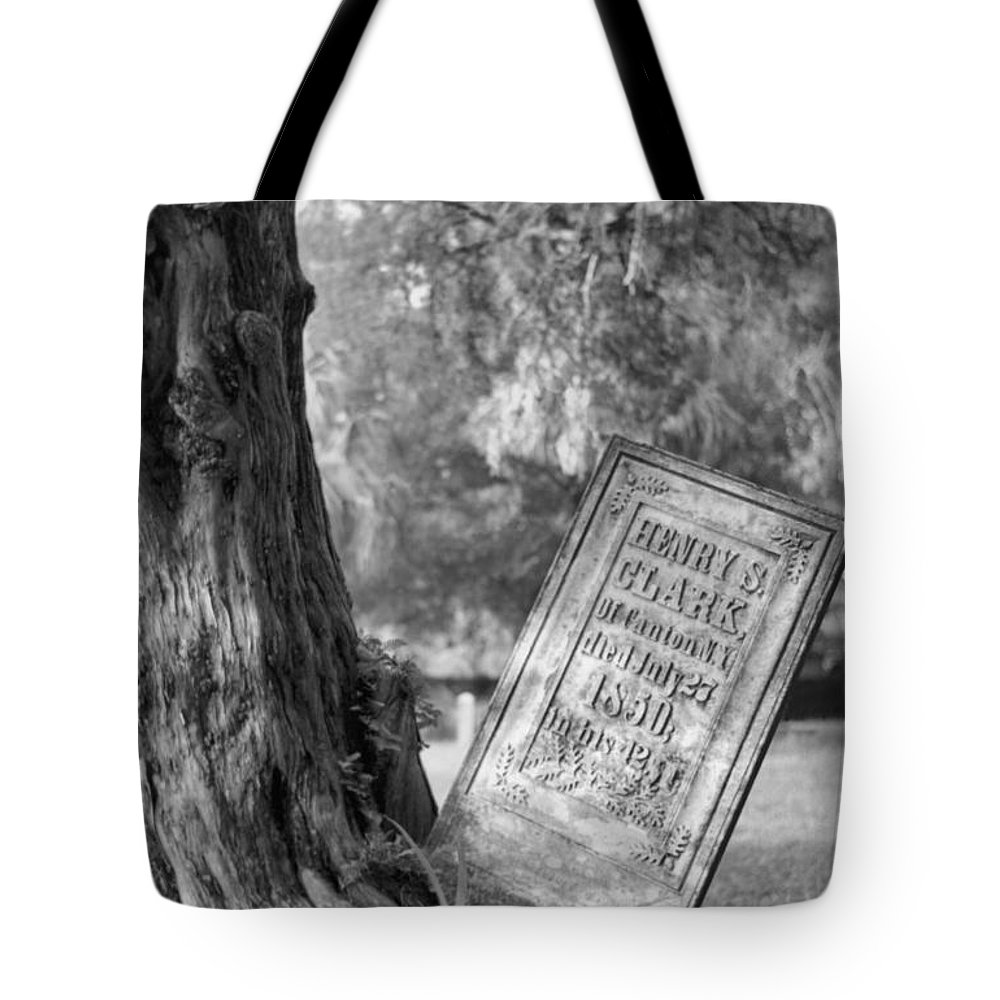 Graves Tote Bag featuring the photograph Life After Death by Richard Rizzo